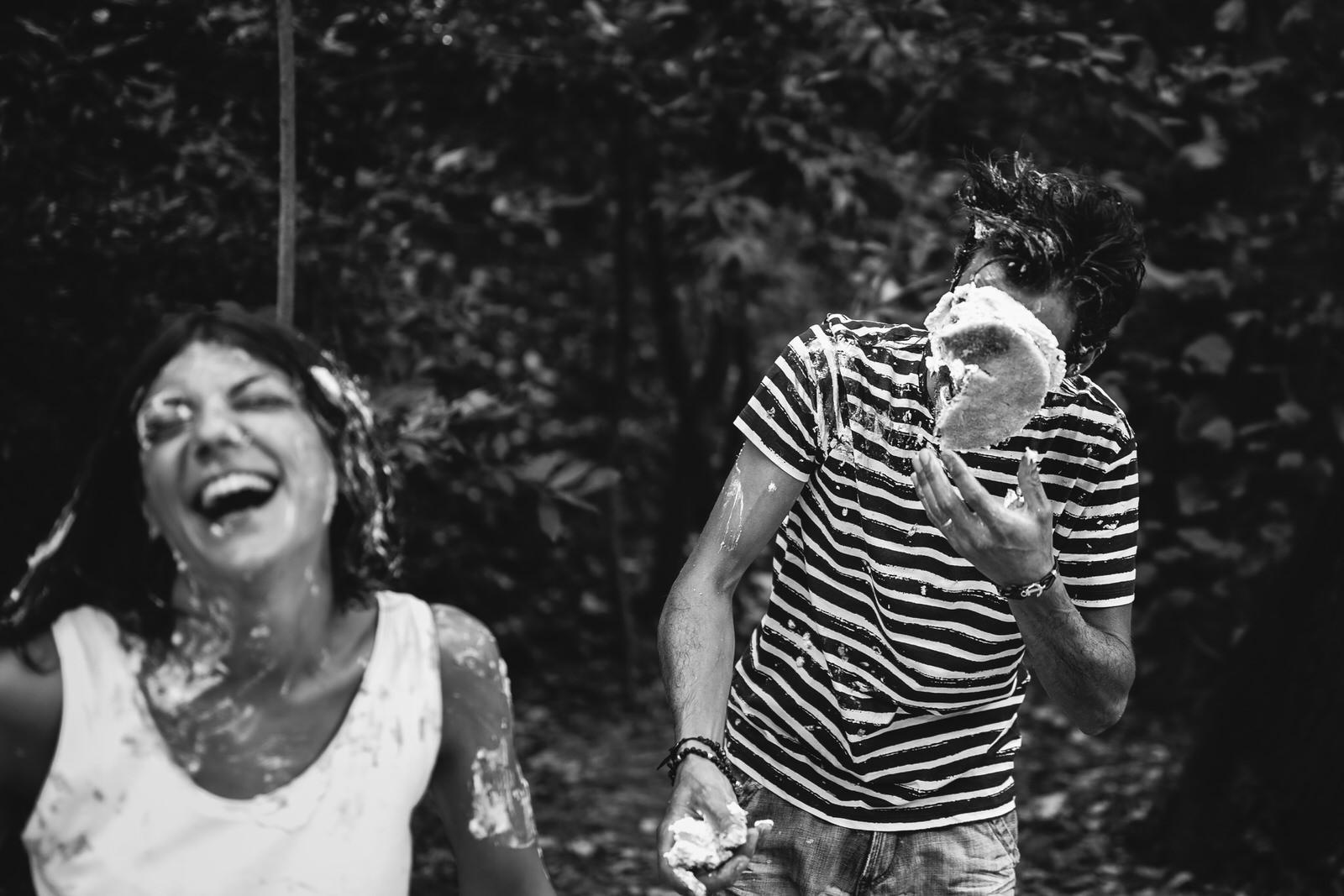 Foto di coppia spontanee nelle Marche